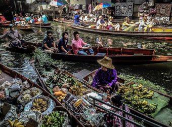 Damnoen Saduak Floating Market in Thailand